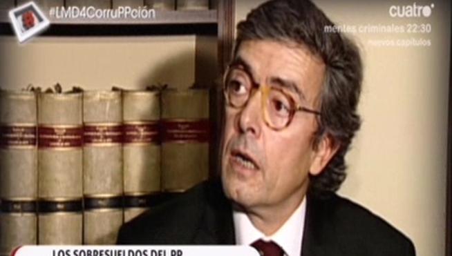 Una furgoneta de destrucción de documentos confidenciales, en la sede del PP - Noticias 21/03/13 - L