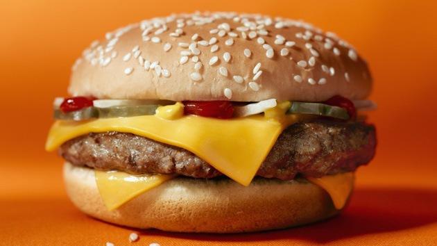 Demostrado: Hamburguesas de McDonald's no son aptas para el consumo humano